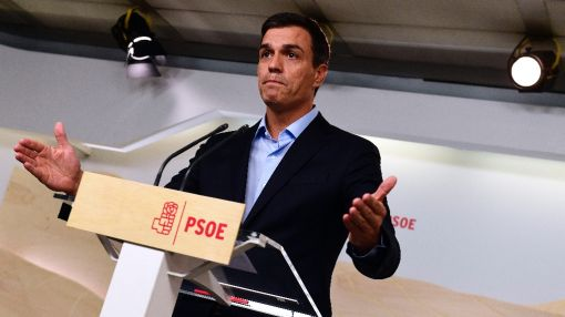 Mass resignation in Spain's Socialists to oust leader