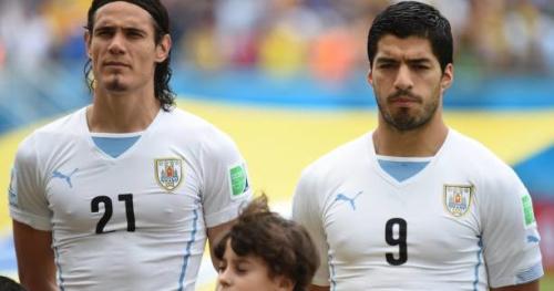 Foot - URU - L'Uruguay avec Edinson Cavani et Luis Suarez contre le Brésil et le Pérou