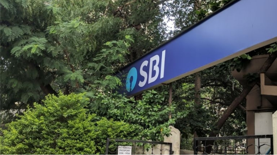SBI customers, your ATM card won't work after Dec 31