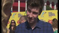 KCA: Shawn Mendes talks Zayn Malik