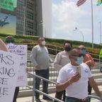 Miami-Dade Restauranteurs Take To The Streets