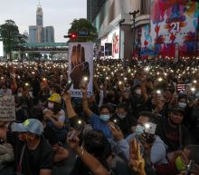 Thai protesters rally ahead of parliamentary debate