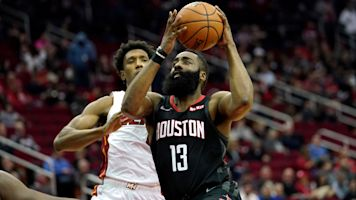 db5e2897b James Harden goes off for 58 points in close win over Heat