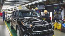 Major automakers Toyota, Honda, FCA extend factory closures