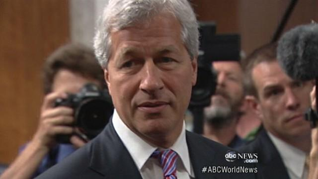 JPMorgan Chase CEO Apologizes for 'Mistake'
