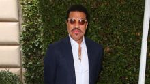 Lionel Richie Admits Deaths Of Muhammad Ali, Prince And David Bowie Have Been A 'Wake Up Call'
