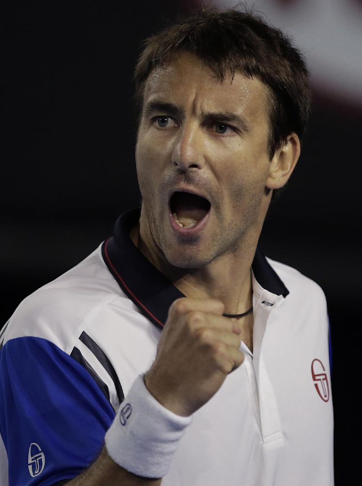 Robredo, Granollers reach 2nd round in Argentina
