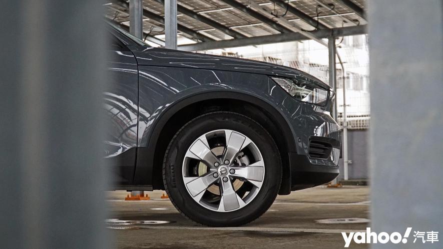 為入門重新定義!2021 Volvo XC40 T3 Momentum城中試駕 - 4
