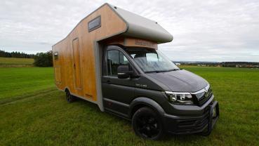 Holzmobil的露營車簡直像是有輪小木屋