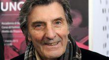 Lutto nella moda: è morto lo stilista Emanuel Ungaro, aveva 86 anni