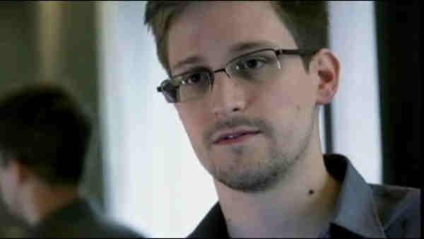 U.S. pressures Moscow to expel Edward Snowden