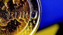 El euro se mantiene por debajo de 1,10 dólares en Fráncfort