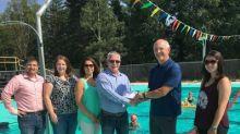 Anaconda Presents $10,000 for Free Swim Program