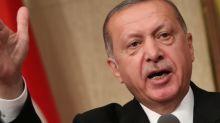 La Turquie tente d'enrayer l'effondrement de sa monnaie