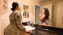 Ex soldatessa guadagna 100mila € all'anno travestendosi da Wonder Woman su Instagram