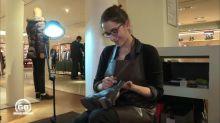 Julie, une esthéticienne du cuir chez Le Bon Marché
