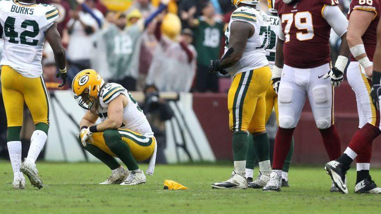 """NFL: Clay Matthews hit on Alex Smith is """"textbook"""" roughing the passer"""