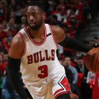 Report: Bulls' Dwyane Wade will pick up contract option for next season