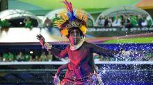 Carnaval de Rio: feu d'artifice contestataire au sambodrome