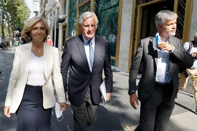 Laurent Wauquiez, qui refuse d'être candidat, courtisé à droite en vue de la présidentielle