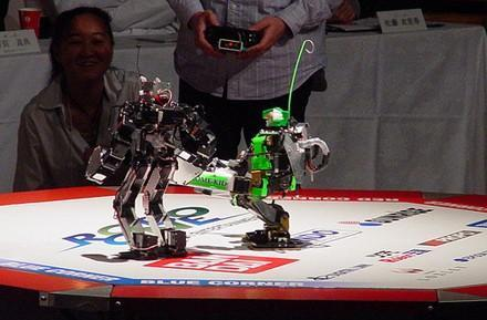 Pictures galore from ROBO-ONE 13 competition in Japan