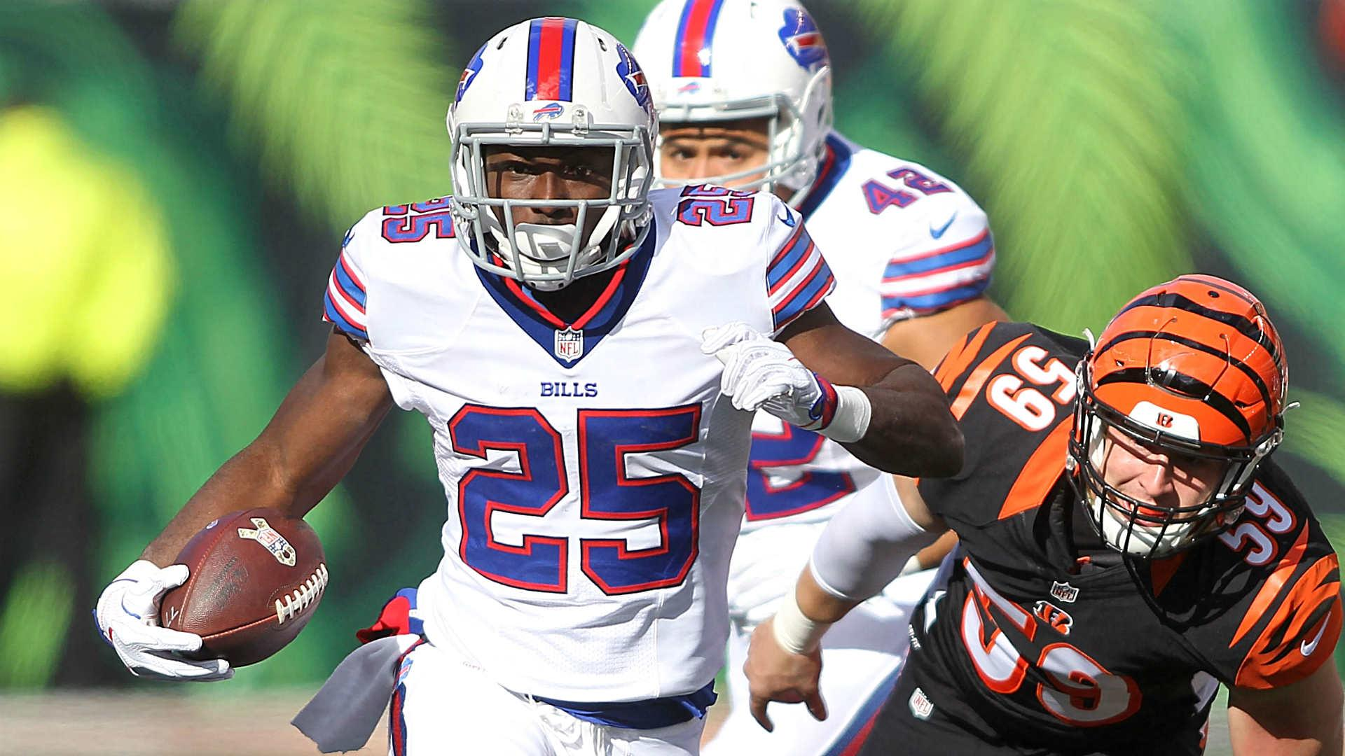 LeSean McCoy needs surgery on thumb not expected to miss time