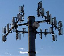 AT&T endorses open access to 700MHz spectrum