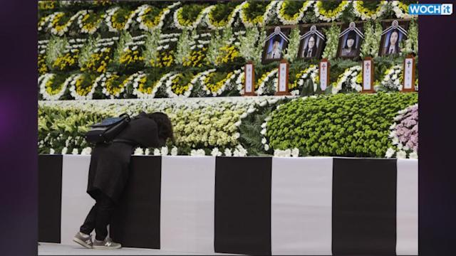 Students In South Korea Ferry Tragedy Mourned In Tribute