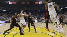 Warriors return to winning ways vs. Raptors, but turnover issues persist