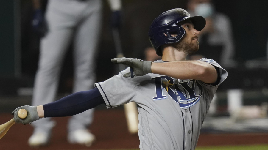Rays strike back on Dodgers in World Series