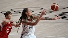 U.S. women fend off hot start from Japan to take control of pool play in basketball