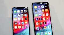 How to Save More Than $1,400 When You Buy a New iPhone Xs or iPhone Xs Max
