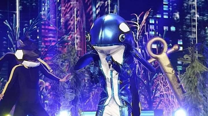 'The Masked Singer' Orca is '90s rock star