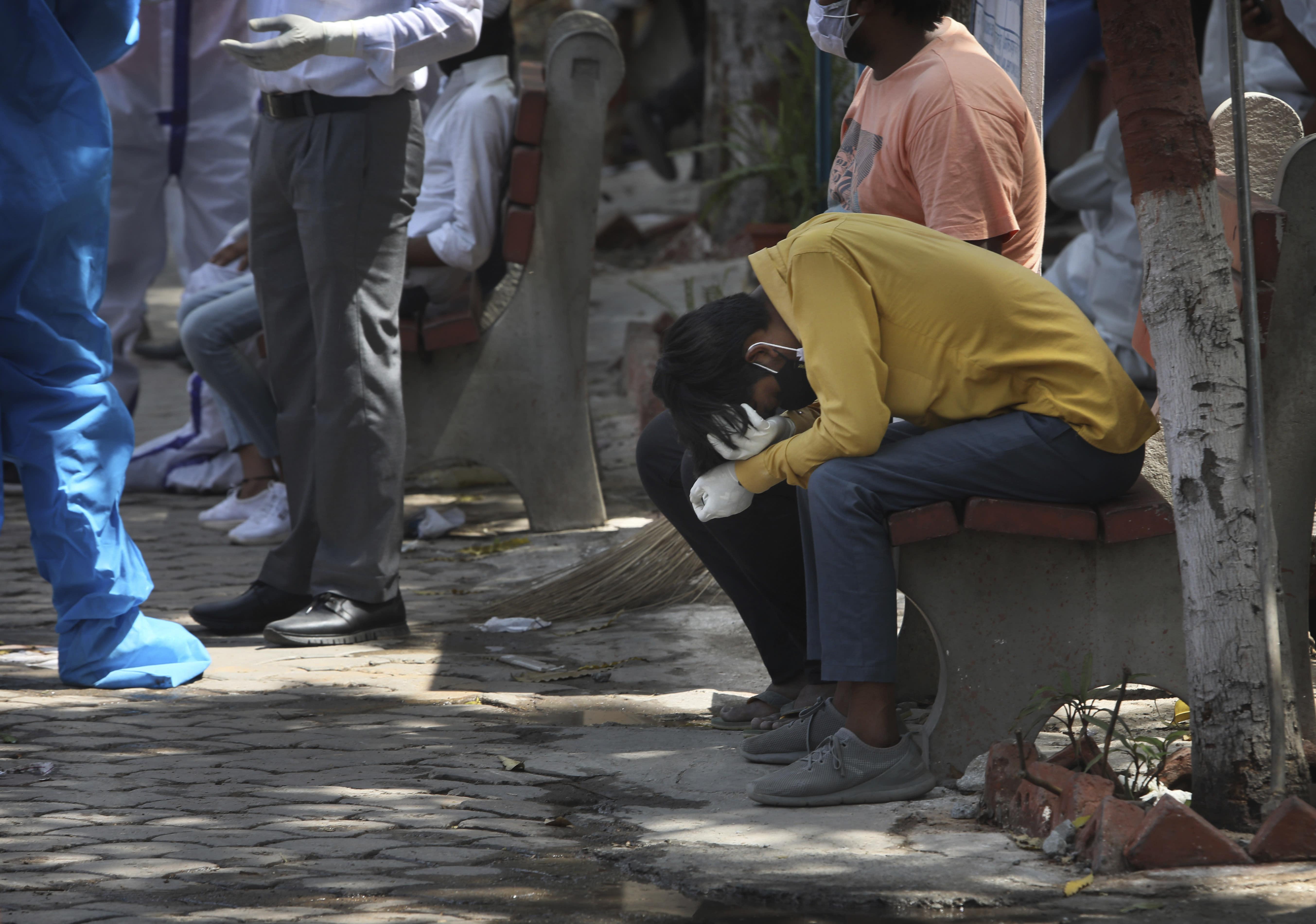 Indian hospitals buckle under coronavirus surge