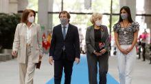 Madrid apela a la concordia al premiar a Botella y a Carmena por San Isidro