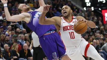 Eric Gordon scores 50 as Rockets stars sit