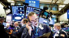 Wall Street cierra mixto en día que banca mostró el músculo economía de EE.UU.
