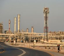 Saudi to raise oil exports to record levels as price war rages