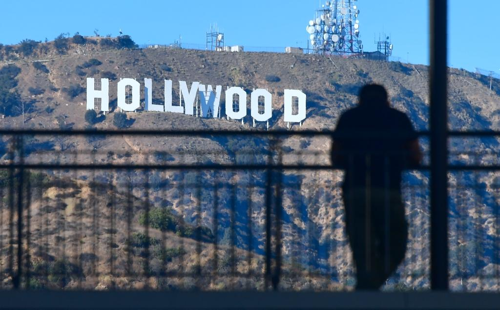 Hollywood is turning to the technology behind cryptocurrency bitcoin to distribute movies in a development hailed as the beginning of the end for piracy