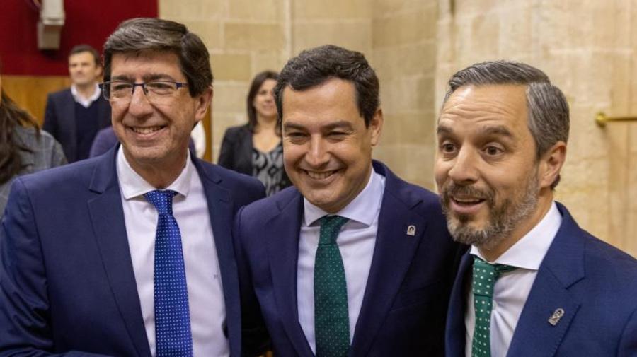 El PP, Cs y Vox aprueban las segundas cuentas del Gobierno bipartito andaluz