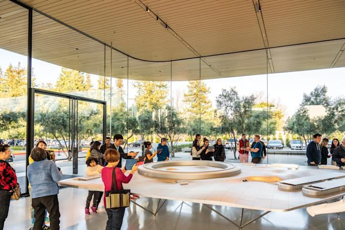 CUPERTINO, UNITED STATES - 2020/02/23: Customers at the Apple Park Visitor Center in Cupertino. (Photo by Alex Tai/SOPA Images/LightRocket via Getty Images)