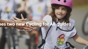 Ciclismo: l'Uci si lancia nel mondo dell'utenza normale, due guide per pedalare bene