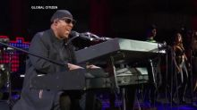 Stevie Wonder takes 'both knees' in response to Trump's NFL comments; other celebs speak out