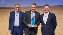 Stoneridge Receives Partnership Supplier Award 2017 from Daimler AG