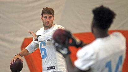 Who's ready for Cutler's return to NFL action?