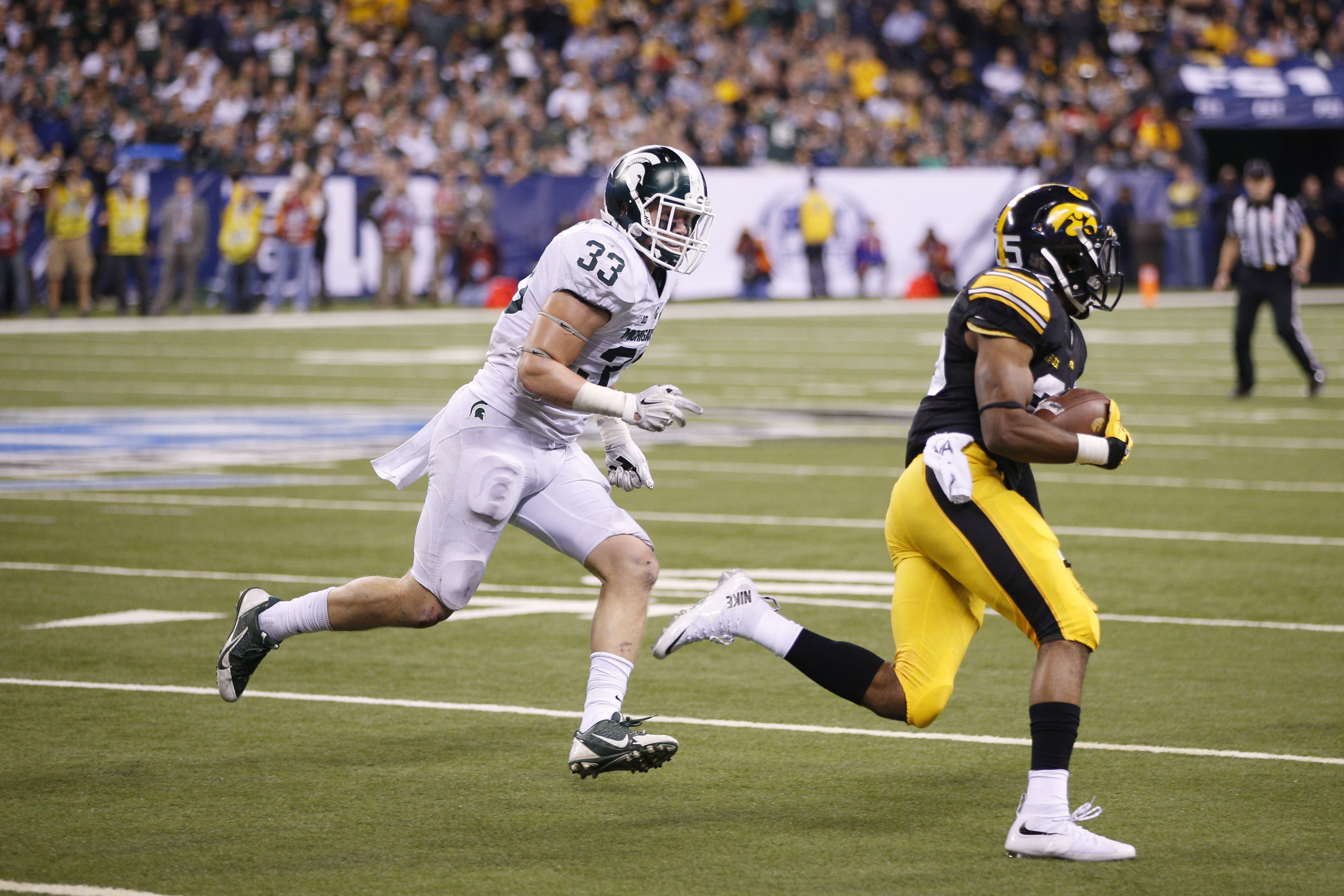 Dantonio says it's up to MSU players if LB Jon Reschke returns