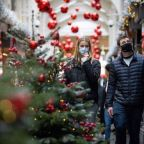European Authorities Prepare to Ease Covid-19 Lockdowns for Christmas
