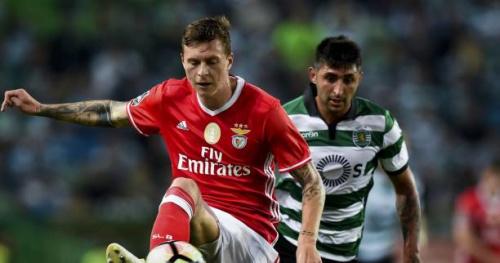 Foot - POR - 33e j. - Portugal : Le Benfica résiste au Sporting lors du derby de Lisbonne