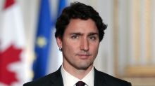 People are freaking out over the hotness of young Justin Trudeau