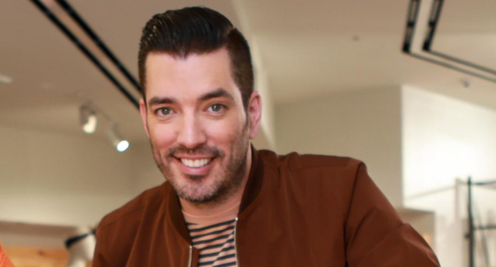 'Property Brothers' star goes public with celeb girlfriend
